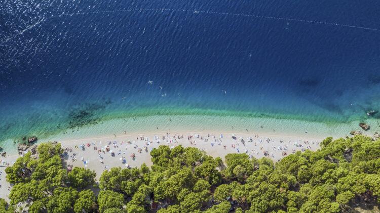 Beach / Sandy Beach Tips Croatia for Sailors: Punta Rata Beach (Brela)