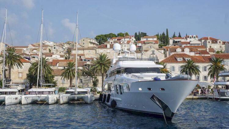 Hvar cruise Dalmatia: super yacht in Hvar town harbor
