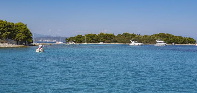 Croatia Sailing trip: Island Drvenik Veli Bay Krknjasi