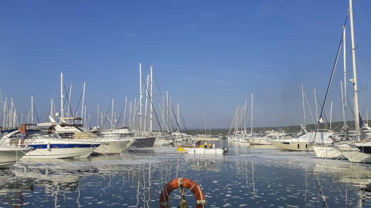 Marina Punat: Fire extinguished on board the yacht