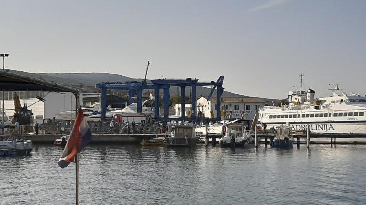 Marina Punat: recovery of the yacht