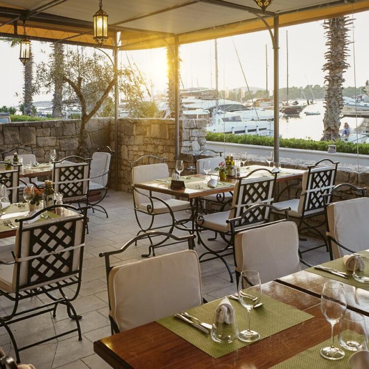 Croatia Dalmatia cruise: Martinis Marchi restaurant