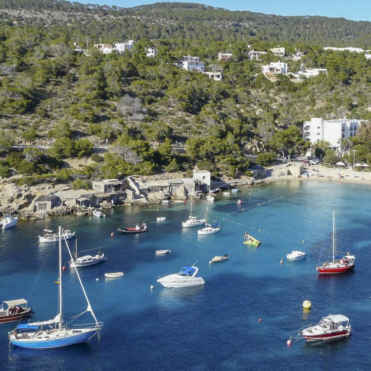 Ibiza - small, rich and beautiful: Cala Vadella
