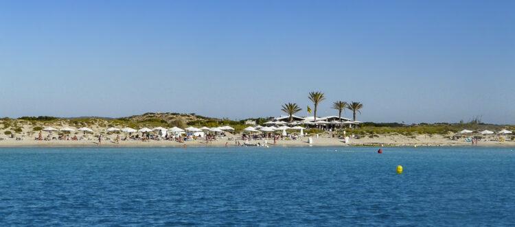 Ibiza - small, rich and beautiful: beach Formentera