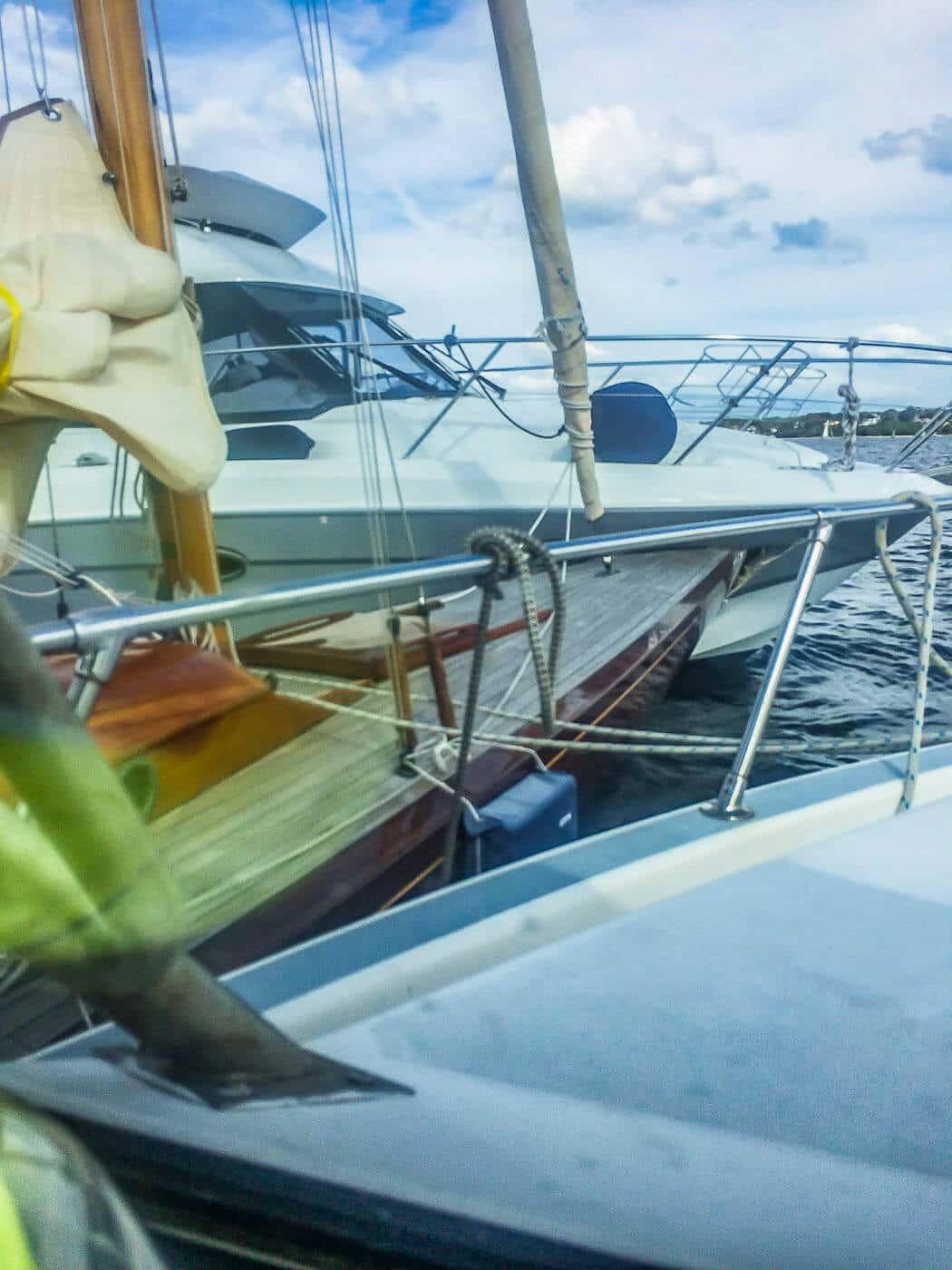 eahelp Ostsee trennt ineinander verkeilte Sportboote