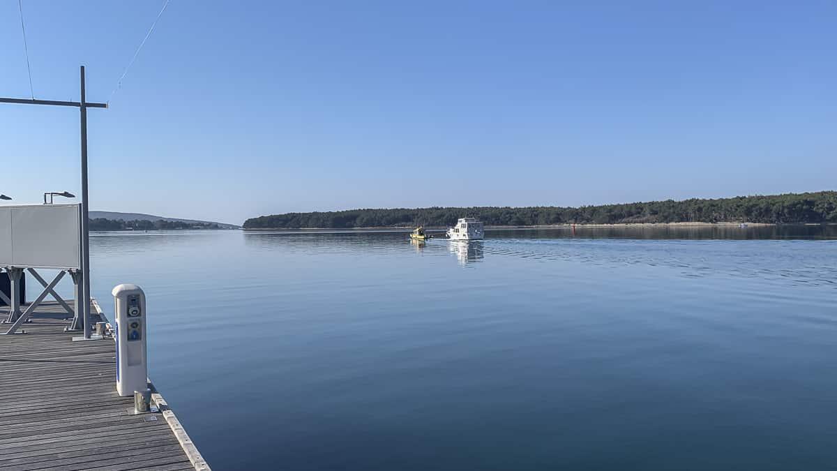 Marina Schlepp von Punat nach Mitan: Ruhige See