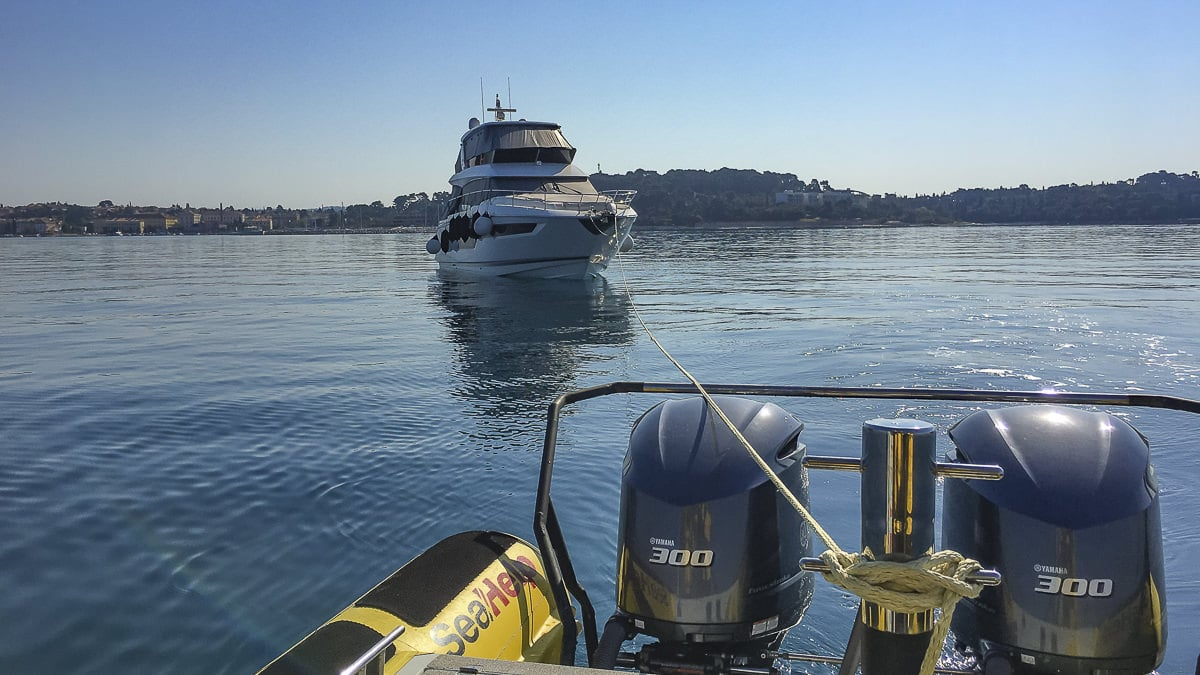 Everyday life in Corona times: SeaHelp Marina - Marina towing for owners