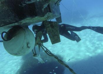 SeaHelp Leistung: Propeller von Leinen, Seilen usw. befreien.
