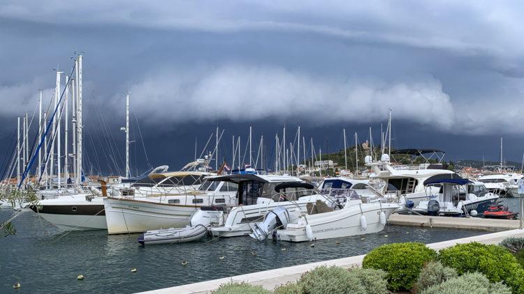 Kroatien Unwetter / Gewitter: