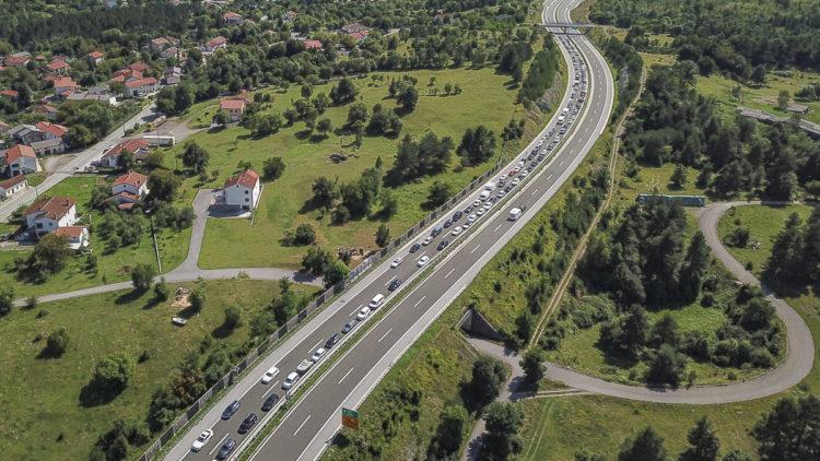 Covid-19-Test: Normaler Rückreiseverkehr Grenzübergang Rupa