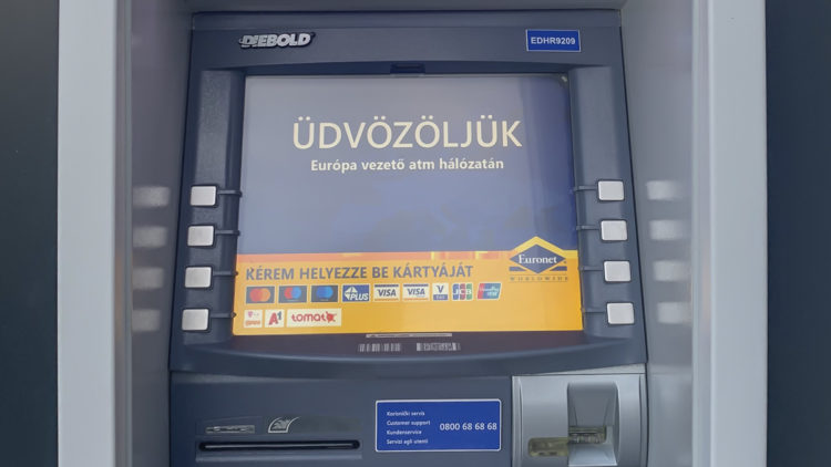 Rip-off at cash machines: Pay attention to the exchange rate when withdrawing money on vacation in Croatia.