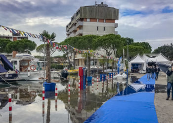 Hochwasser: 33. Nautilia Latisana - Gebrauchtboote Messe - Aprilia Marittima – Latisana (Udine - Italien)