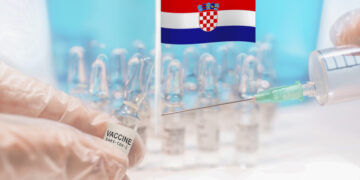Start coronavirus Covid-19 vaccination in Croatia