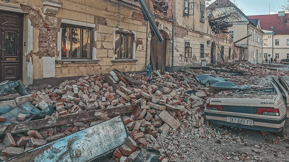 Earthquake Croatia in the region Petrinja / Sisak: High property damage also to cars