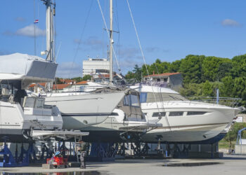 Croatia: Shortly before Easter yachts are made fit for Easter vacation 2021