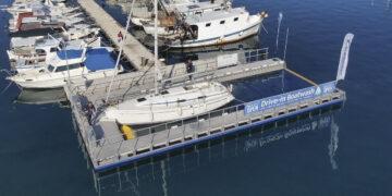 Clean Blue / Boatwash: Reinigungsanlage für Bootsrümpfe in der Marina Bunarina in Pula
