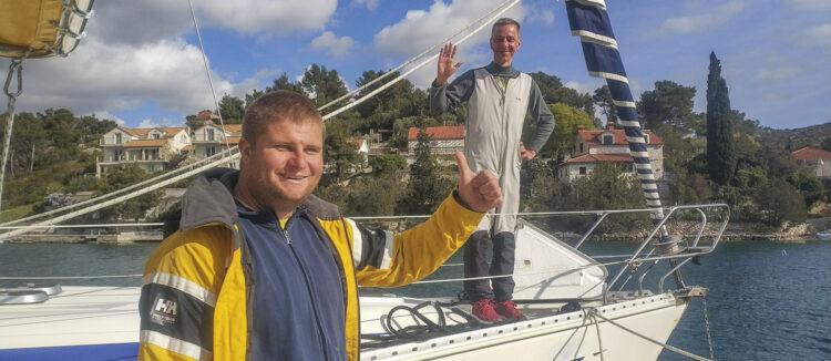 Glückliches SeaHelp Mitglied: Schnelle Hilfe, Anker aus Mooringkette befreit.