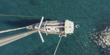 Anchoring, anchorage, anchor maneuver: sailing yacht anchoring correctly