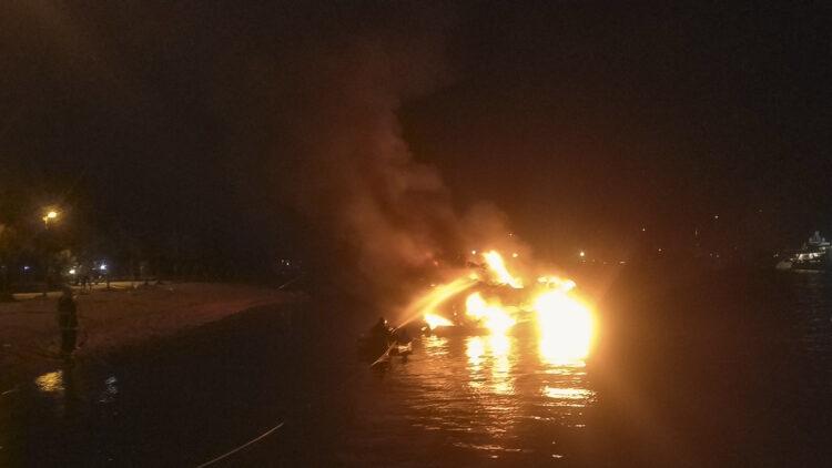 "<span class=""dachzeile"">Yachten fielen Flammen zum Opfer<span>: </span></span>Großbrand in der Marina Kaštela verursacht Millionenschaden 24"