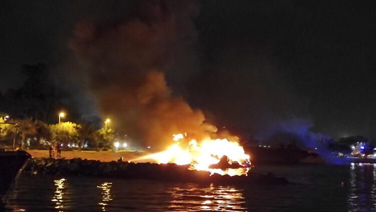 "<span class=""dachzeile"">Yachten fielen Flammen zum Opfer<span>: </span></span>Großbrand in der Marina Kaštela verursacht Millionenschaden 26"