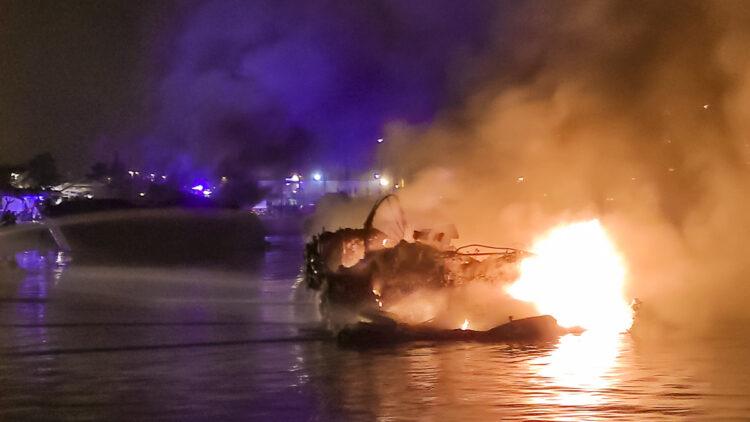 "<span class=""dachzeile"">Yachten fielen Flammen zum Opfer<span>: </span></span>Großbrand in der Marina Kaštela verursacht Millionenschaden 29"