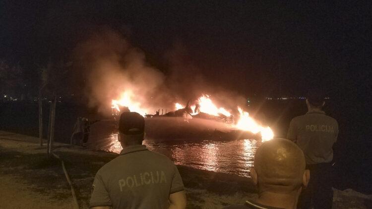 "<span class=""dachzeile"">Yachten fielen Flammen zum Opfer<span>: </span></span>Großbrand in der Marina Kaštela verursacht Millionenschaden 20"