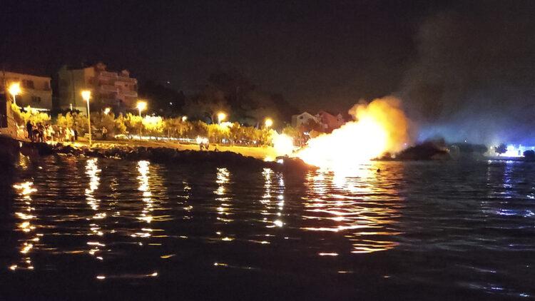 "<span class=""dachzeile"">Yachten fielen Flammen zum Opfer<span>: </span></span>Großbrand in der Marina Kaštela verursacht Millionenschaden 22"
